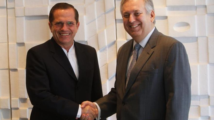 El canciller ecuatoriano se reúne con su colega brasileño y viaja a Argentina