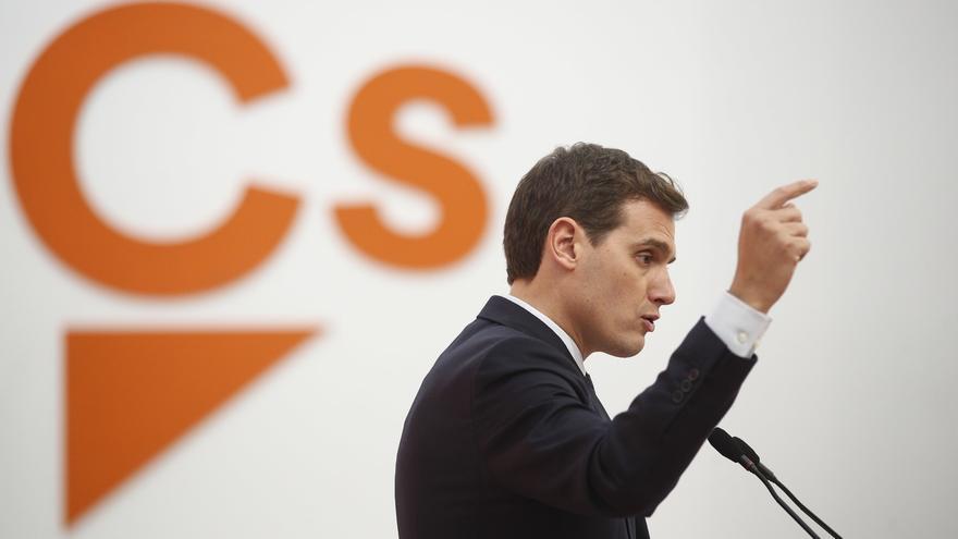 """Rivera critica a Sánchez por permitir que la Generalitat """"apoye a los violentos y amedrente a Mossos y ciudadanos"""""""