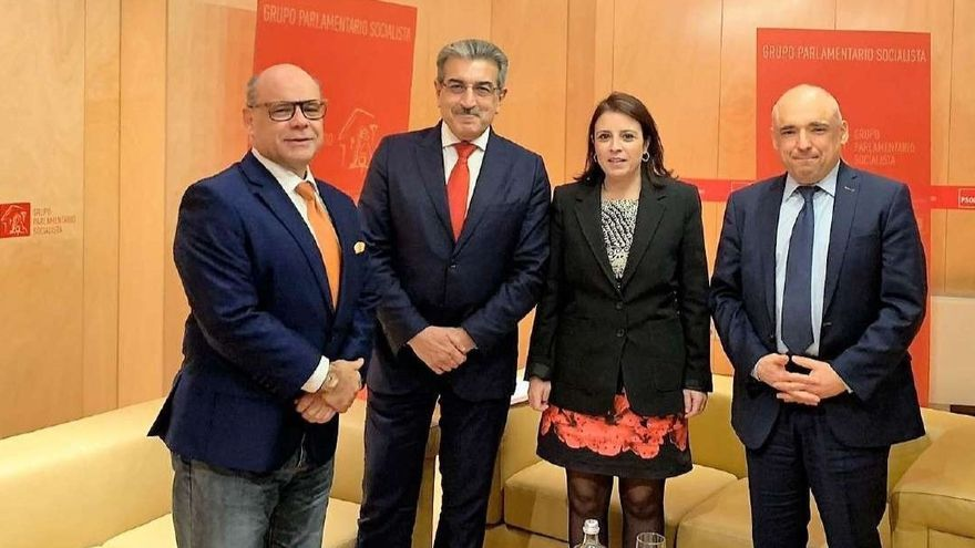 Barragán, Rodríguez, Lastra y Simancas, tras la reunión negociadora para la investidura de Sánchez