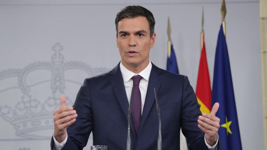 """El """"efecto Moncloa"""" catapulta al PSOE a casi diez puntos del PP y Ciudadanos"""