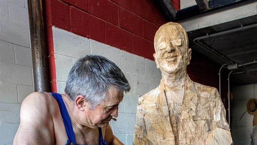 Una talla del artista Álvaro de la Vega viajará a casa de Ringo Starr