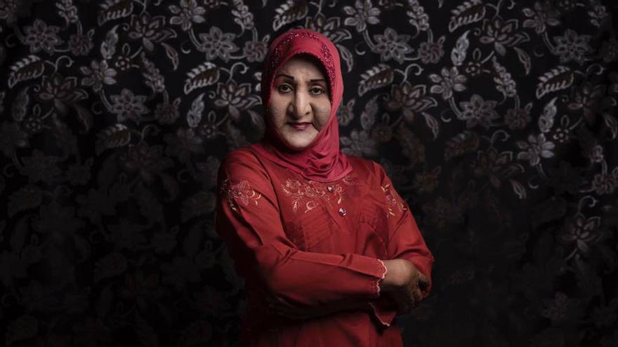 Shinta Ratri, fundadora de la escuela islámica para transexuales, también ha sufrido en el ámbito religioso por haber nacido hombre. Facebook.