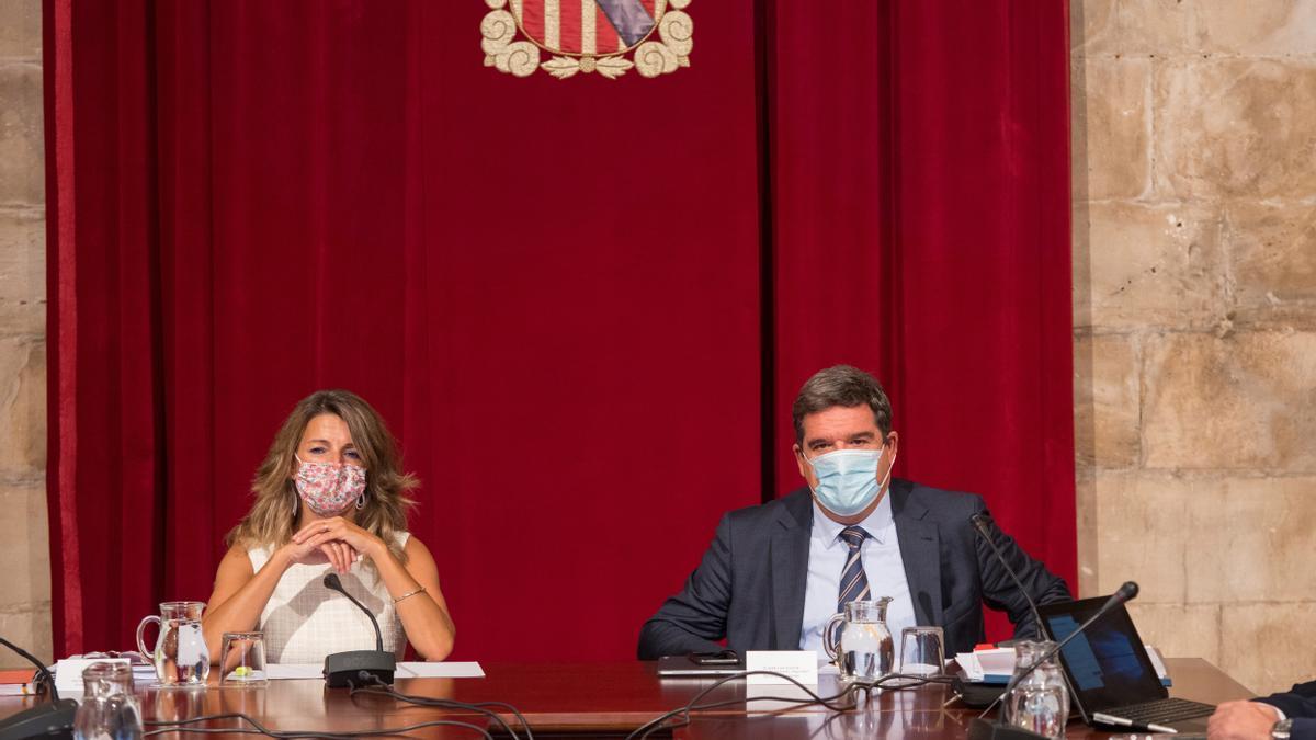 La ministra de Trabajo y Economía Social, Yolanda Díaz y el ministro de Inclusión, Seguridad Social y Migraciones, José Luis Escrivá.