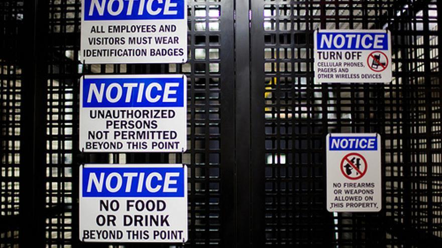 Advertencias de seguridad en los centros de datos (Fotos: ICANN)