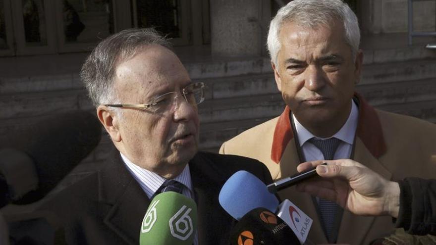 El juez Pedraz mantiene en prisión a los líderes de Ausbanc y Manos Limpias