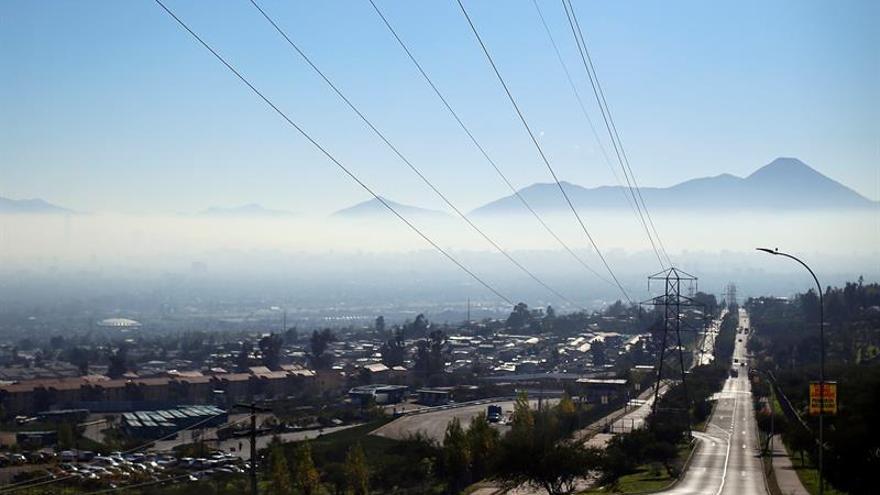Santiago de Chile bajo preemergencia ambiental por mala calidad del aire