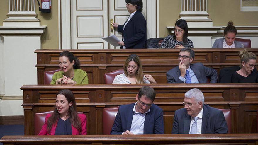 Bancada del PSOE en el Parlamento de Canarias
