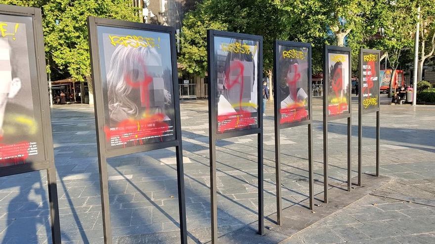Ataque a la obra 'Presos Políticos' de Santiago Sierra en Palma