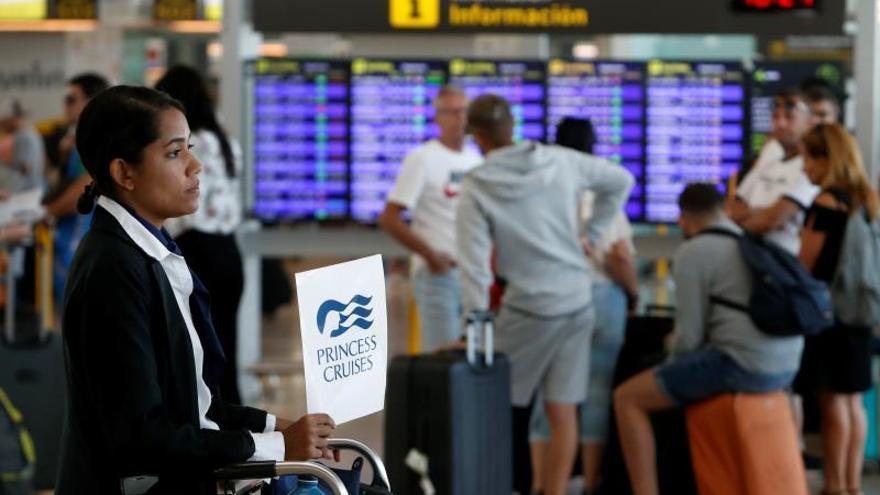 UGT desconvoca la huelga de tierra en Iberia ante la negociación del convenio