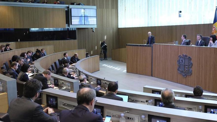 Andorra quiere ser miembro del FMI y tipificar el delito fiscal