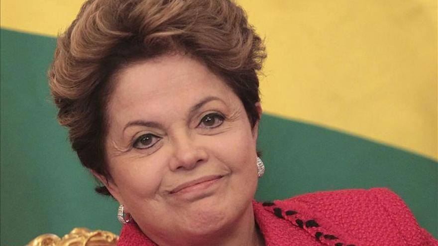 Exjefe de un organismo represor dice que Rousseff integró un grupo terrorista
