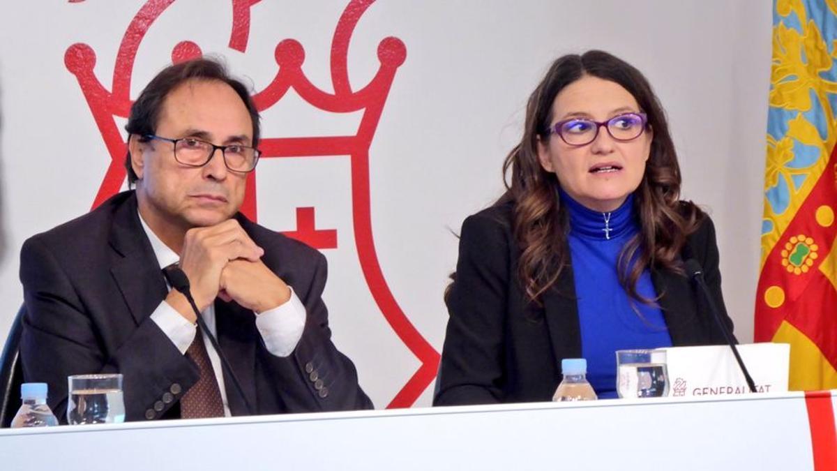 La vicepresidenta Mónica Oltra y el conseller de Hacienda, Vicent Soler.