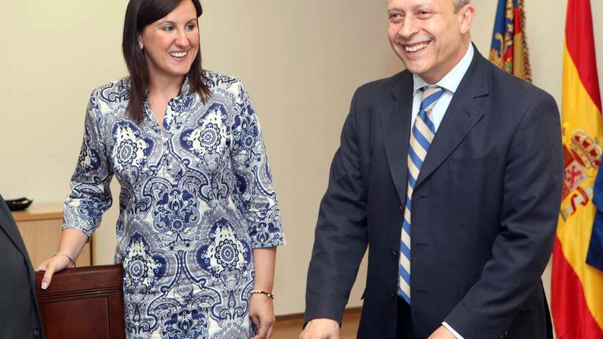 La consellera Català junto al ministro Wert, en una imagen de archivo.