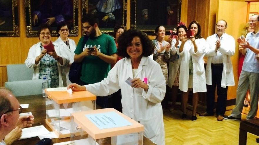 Pilar Aranda se convierte en la primera mujer rectora de la UGR en sus cinco siglos de historia