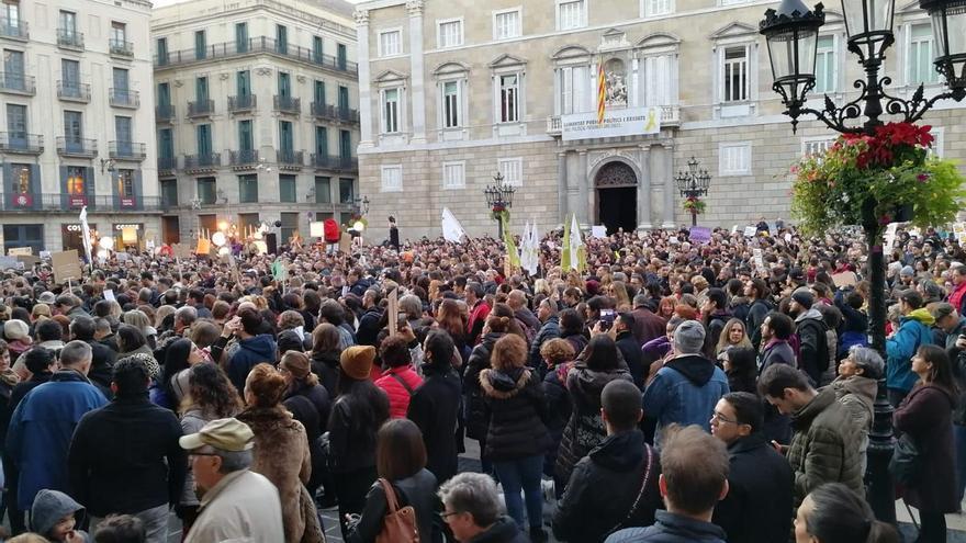Concentración en la plaza Sant Jaume