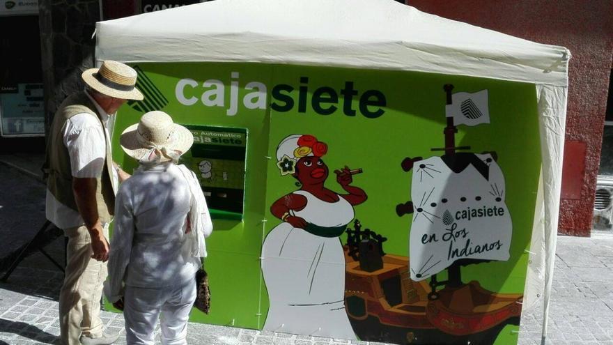 En la imagen, el 'talquero automático' de Cajasiete.