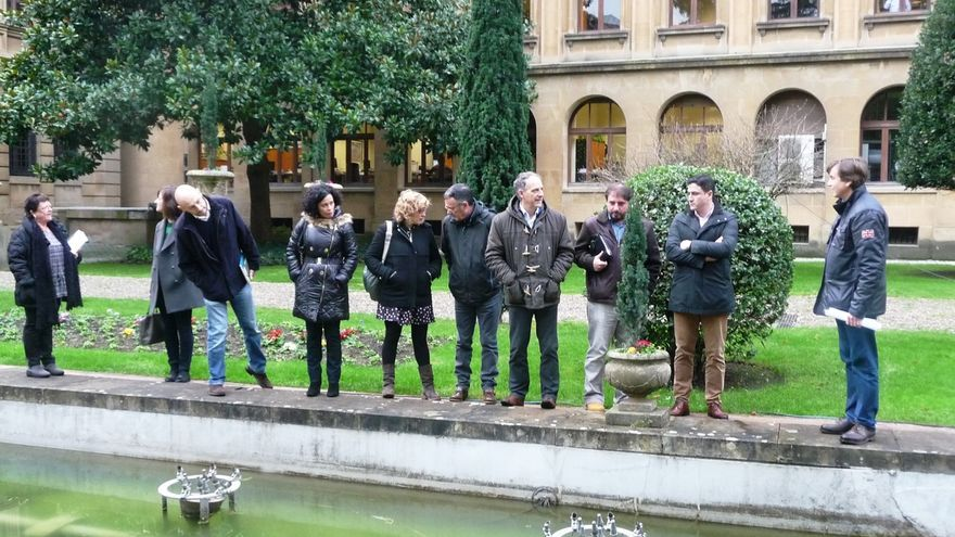 Una delegación parlamentaria conoce el plan de intervención del Gobierno foral en el Palacio de Navarra