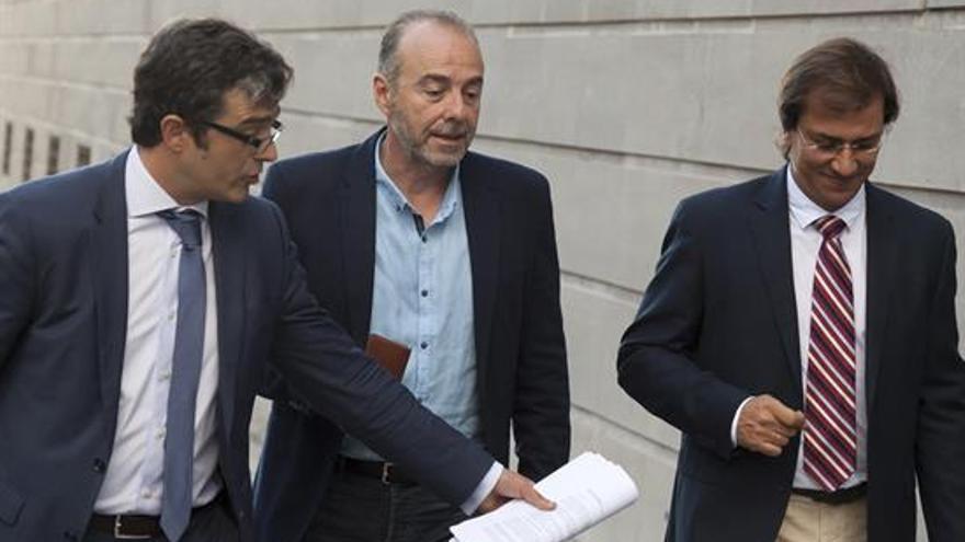Miguel Zerolo, a su llegada a la Audiencia Provincial