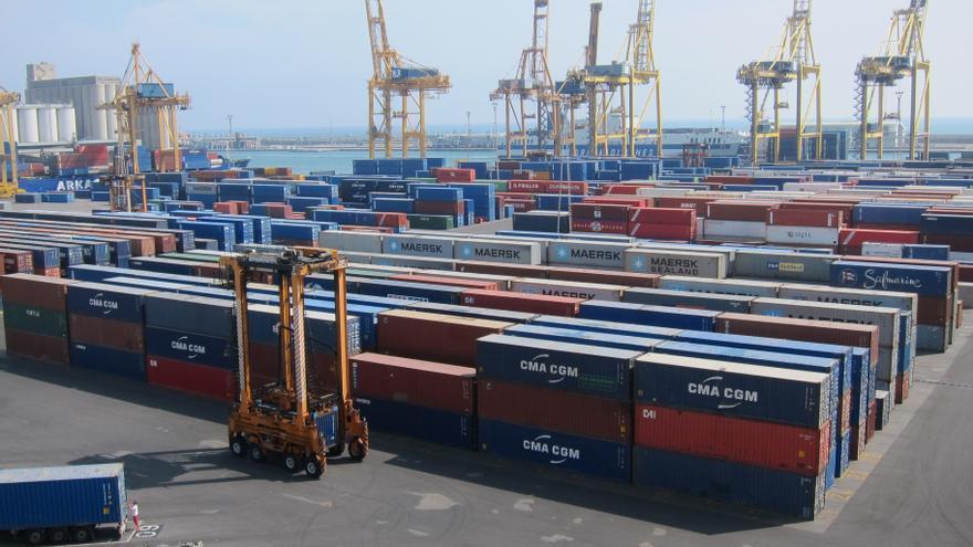 El Gobierno actualiza las formalidades informativas exigidas a los buques en los puertos