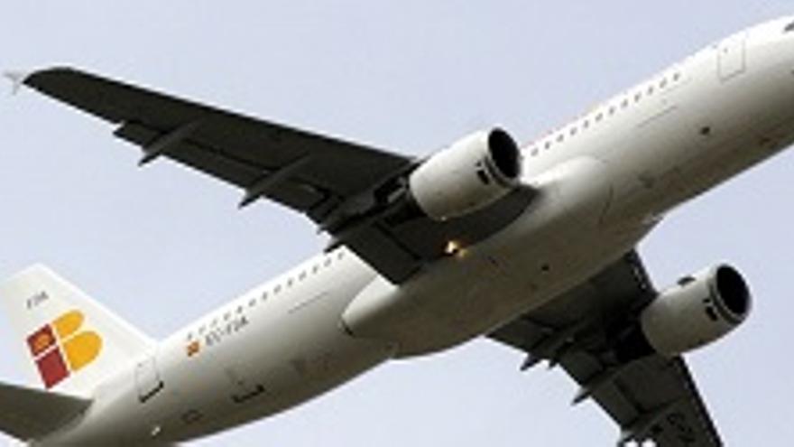 Iberia anuncia que mejora los horarios con Madrid
