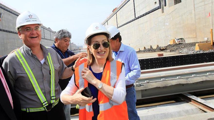Pastor viaja a Panamá para reunirse con el presidente y visitar las obras del Canal
