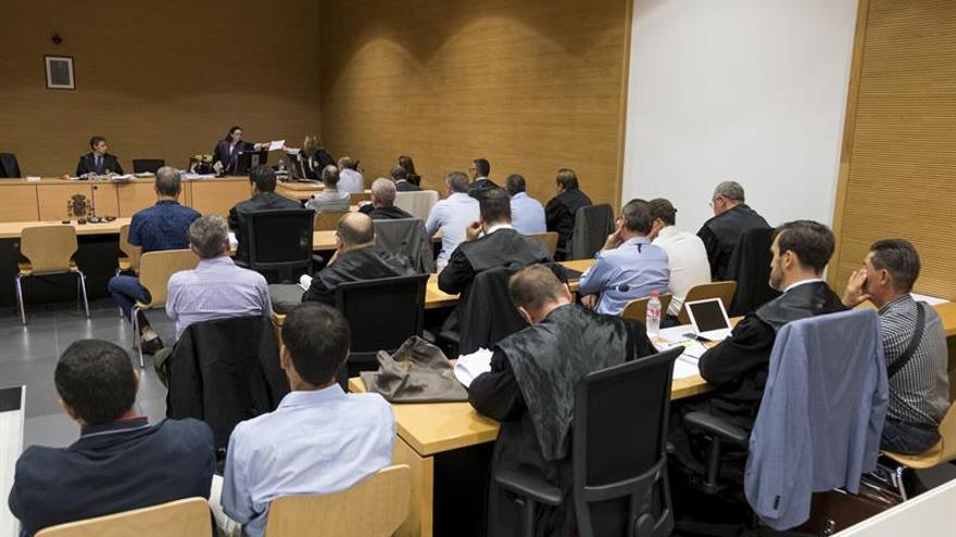 La Audiencia de Las Palmas acoge el juicio ante Jurado contra diez guardias civiles. EFE/Ángel Medina G.