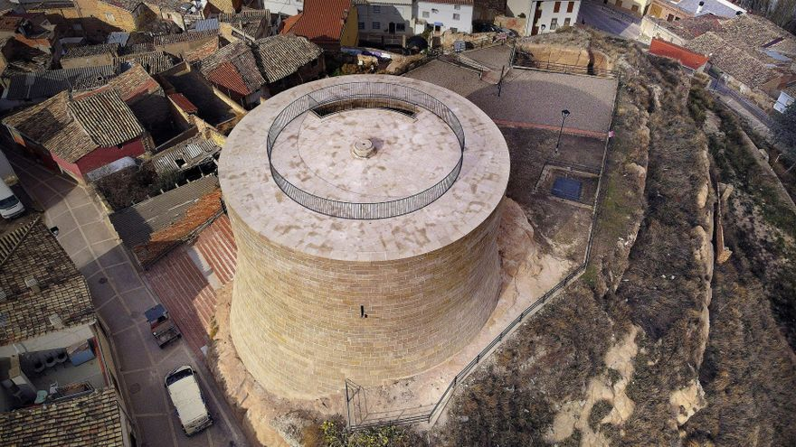 Torre de Ablitas recién restaurada.