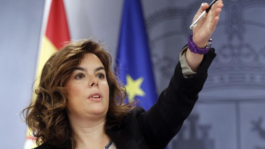 Sáenz de Santamaría, en la rueda de prensa posterior al Consejo de Ministros. Foto: Efe.