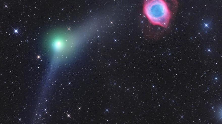 La fotografía Comet C2013X1 Panstarrs and NGC7293, del austríaco Gerald Rhemann, ha sido la ganadora.