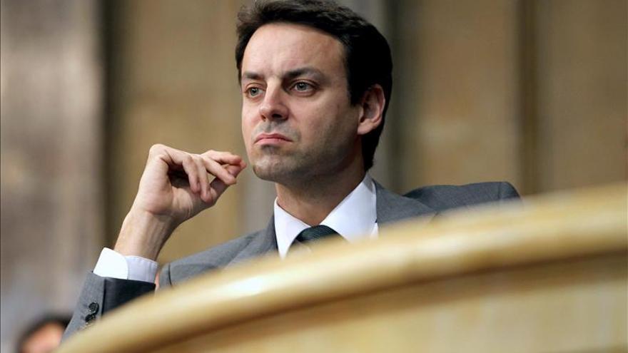 El PSC pide en el Parlament la destitución del director de los Mossos