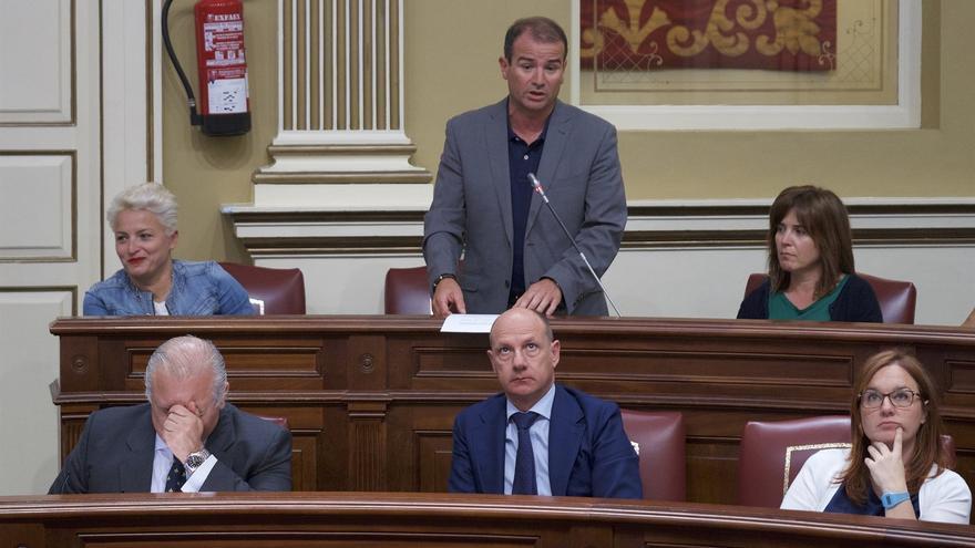 """El PSOE critica el """"maquillaje"""" de Baltar con las listas de espera"""