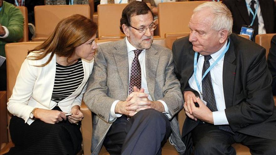 """Cospedal pide a los españoles su confianza para unos comicios claves en la """"recuperación"""""""