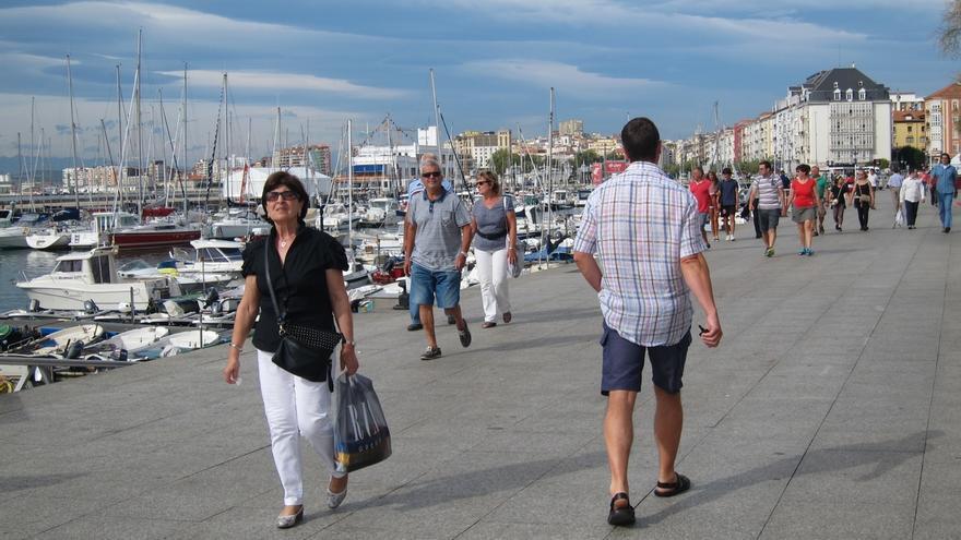 Cantabria pierde 3.477 habitantes en 2014, un 0,6% de su población, y se queda con 585.179
