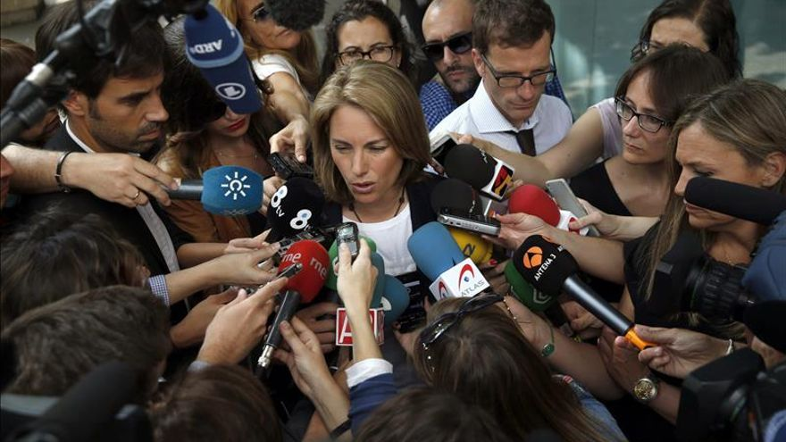 """Quiroga cree que es """"pronto"""" para plantear un pacto nacional con el PSOE"""