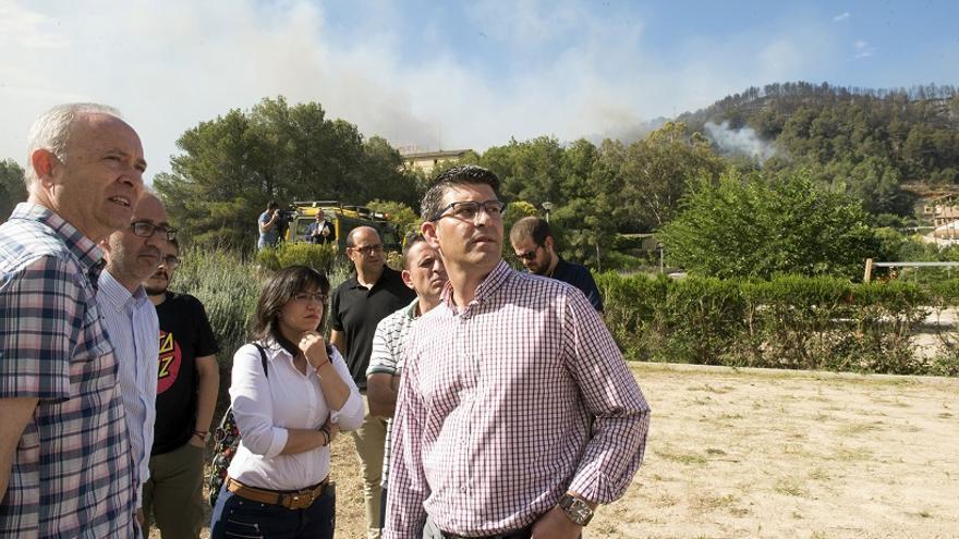 Jorge Rodríguez en el puesto de mando del incendio de Carcaixent
