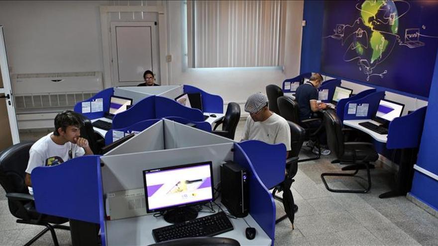 Cuba proyecta tener más de 300 salas de navegación para finales de 2015