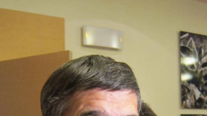 """López advierte de que el PNV """"no es el freno del mundo de Batasuna"""" sino el que """"ha aupado a Bildu al poder"""""""