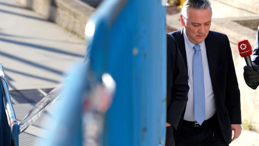 La Fiscalía pide 8 años para el exconsejero Prada por el campus de la Justicia