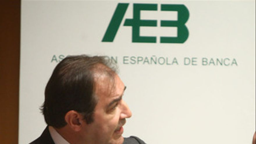 Secretario general de la Asociación Española de Banca (AEB), Pedro Pablo Villasa
