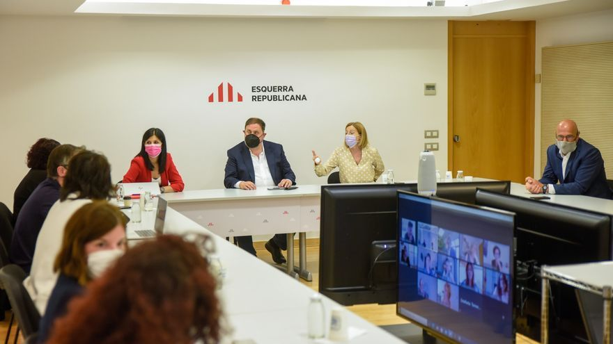 Reunión extraordinaria de la Permanent Nacional de ERC con Marta Vilalta, Oriol Junqueras, Carme Forcadell, Raül Romeva y Dolors Bassa.