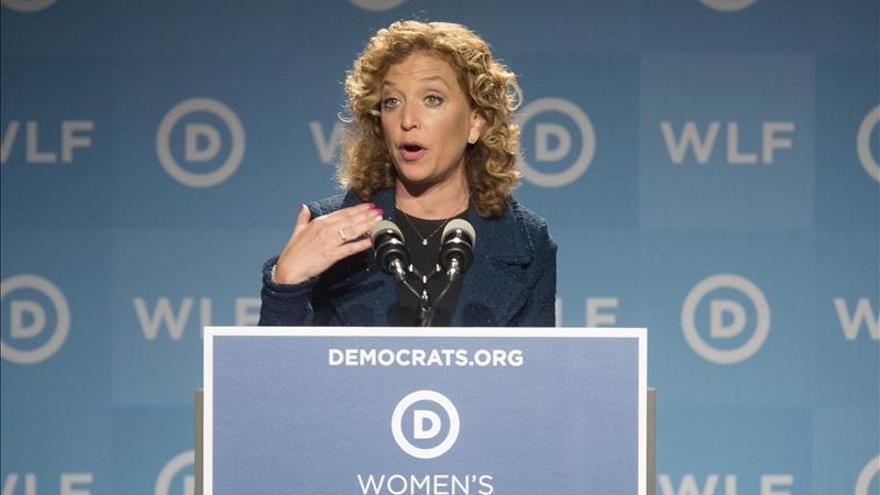 Reclaman en EE.UU. más debates presidenciales demócratas ante el Comité Nacional