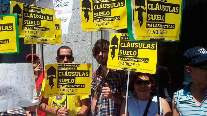 Protesta contra las cláusulas suelo de las hipotecas. ©EFE