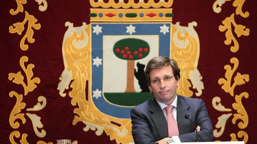 """Almeida cree que Sánchez """"debería descartar automáticamente la subida de impuestos"""""""