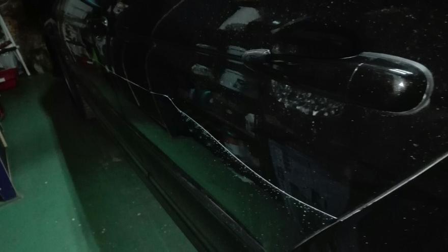 Imagen de uno de los vehículos facilitada por los vecinos