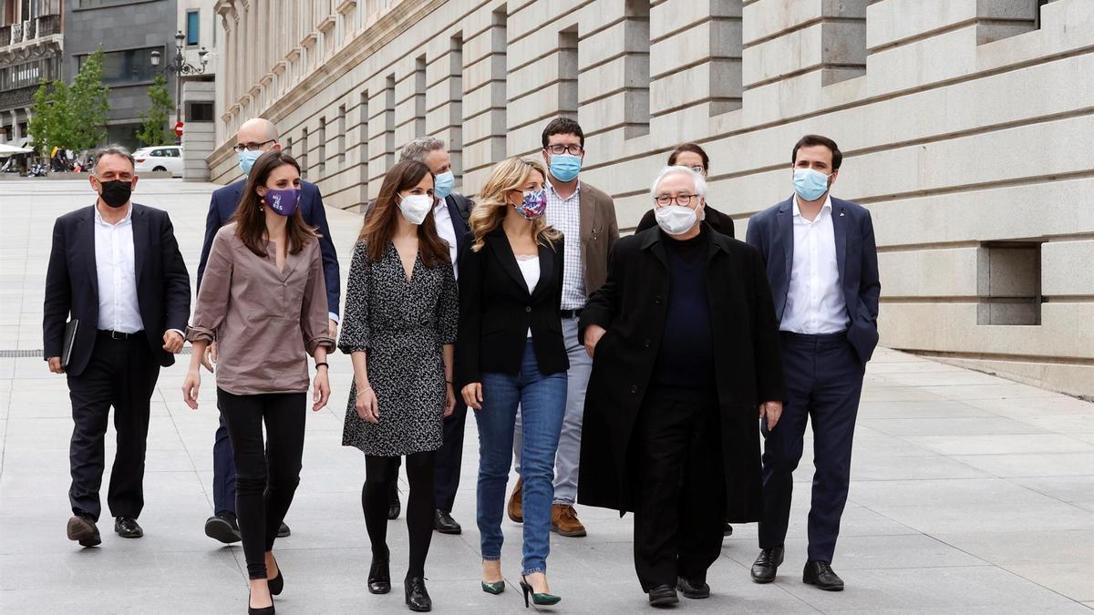 Los ministros de Unidas Podemos (de izquierda a derecha, Irene Montero, Ione Belarra, Yolanda Díaz, Manuel Castells y Alberto Garzón) el pasado mes de mayo.