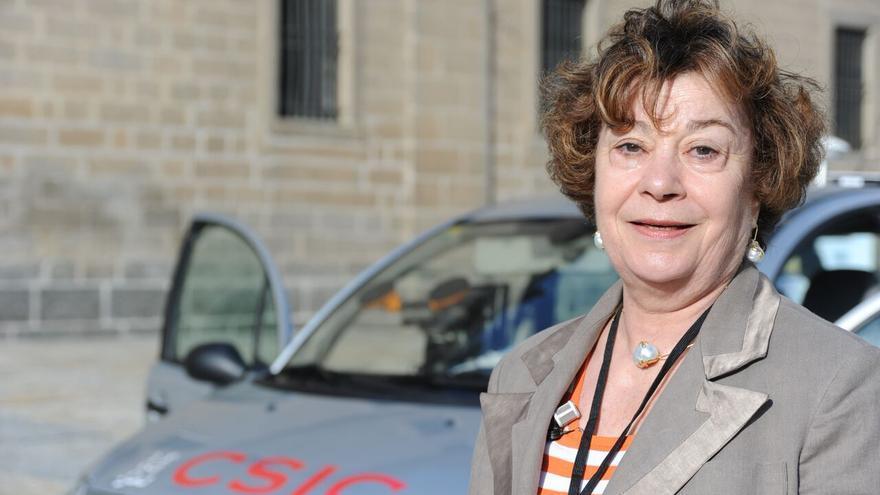 Teresa de Pedro, durante la presentación de Platero, uno de los vehículos autónomos del CSIC