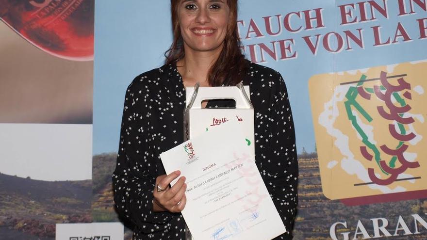 Sandra Lorenzo en la entrega del 2º Premio de Poesía de las XIX Jornadas de la Viña y el Vino.