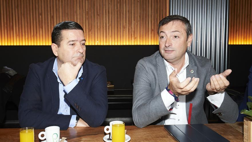 El Racing ratifica a 'Chuti' Molina como director deportivo y confía en la permanencia
