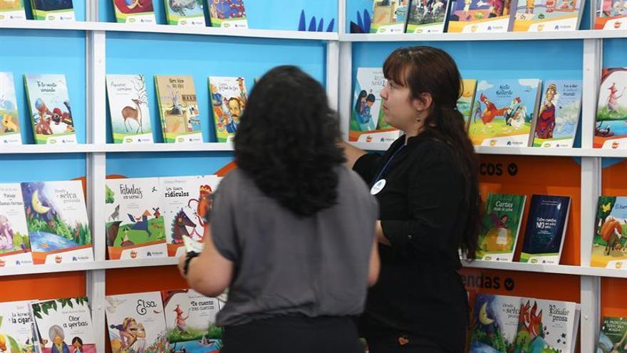 Las letras de México se sirven de plato fuerte en la XI Feria del Libro de Quito
