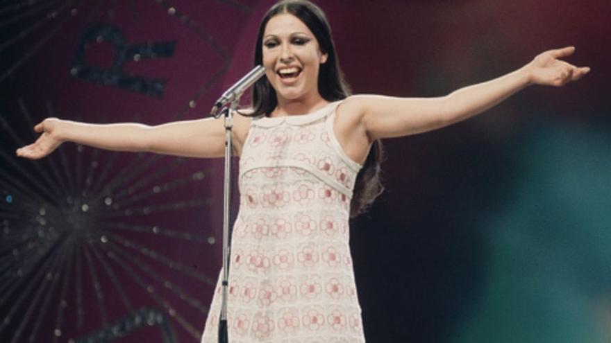 Massiel durante su actuación en Eurovisión en 1968